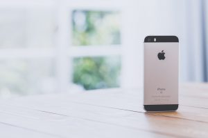 header-iphone